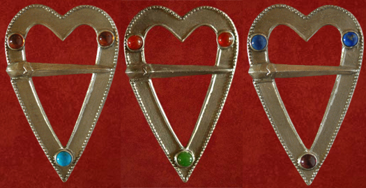 Brooch, Heart w/ stones, 14th century