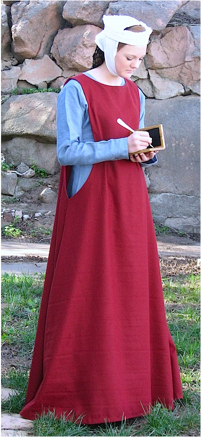 Outfit, Ladies Early Gown & Sideless Surcoat
